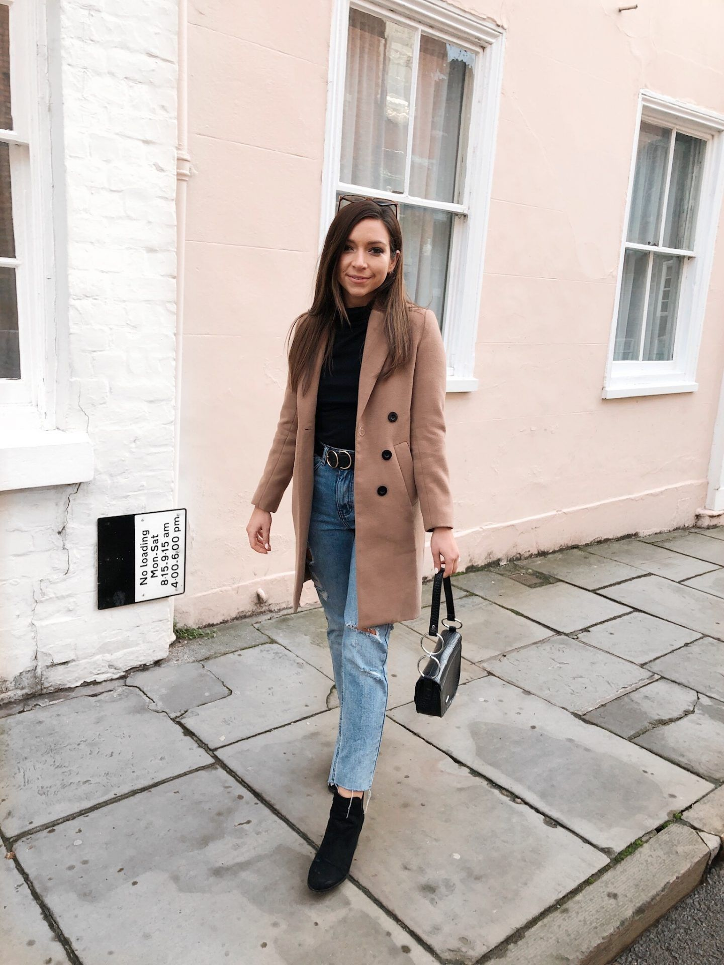 a2bd761a4b9 How To Look Chic On A Budget - The Camel Coat | Winter Fashion ...