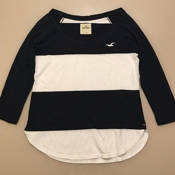 Hollister 3/4 sleeve shirt.  Navy and white Great condition! Size small Hollister Tops Tees - Short Sleeve