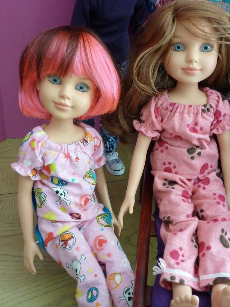 BFC ink girls :Pink brown wig (goodblythe) and both with new PJ's from Civil Traditions