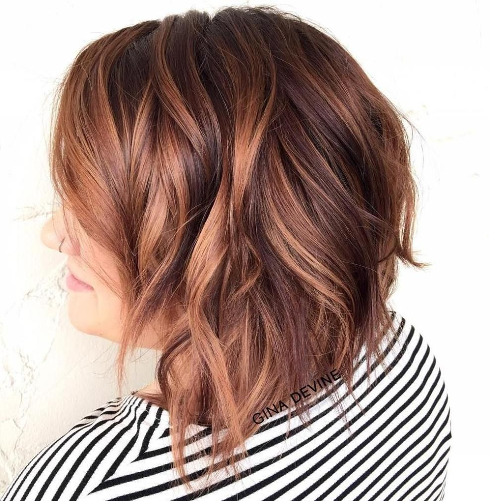 super cute looks with short hairstyles for round faces caramel