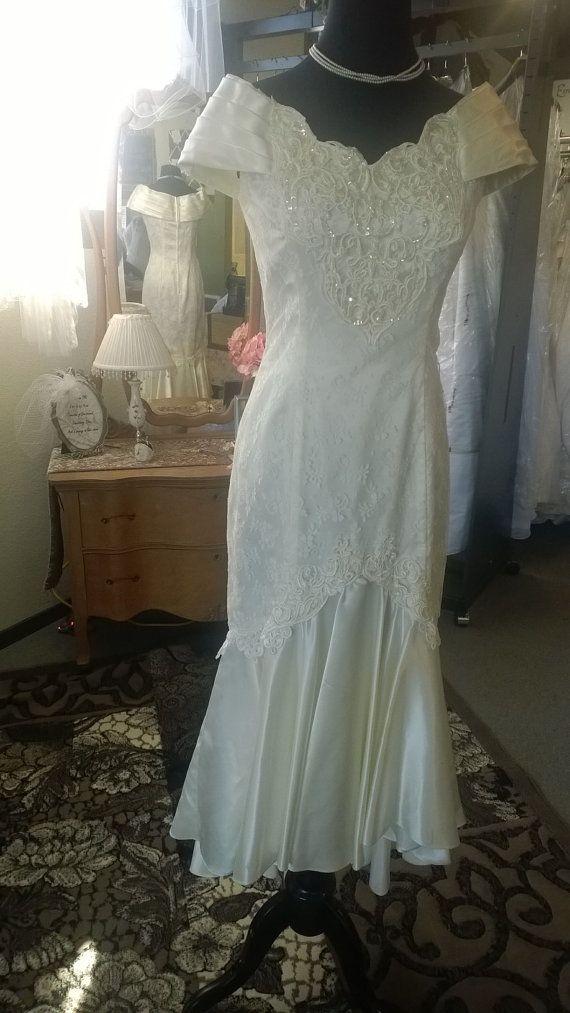 d2144bd610f Vintage Jessica McClintock 1990s Wedding by LottiDottiBoutique ...