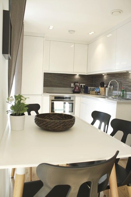 Shard View Apartments Monument - Serviced Accommodation ...