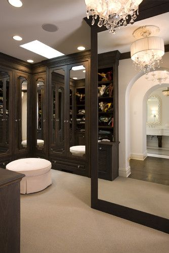 Closet Envy: Turn Your Storage Room Into A Chic Walk In Wardrobe