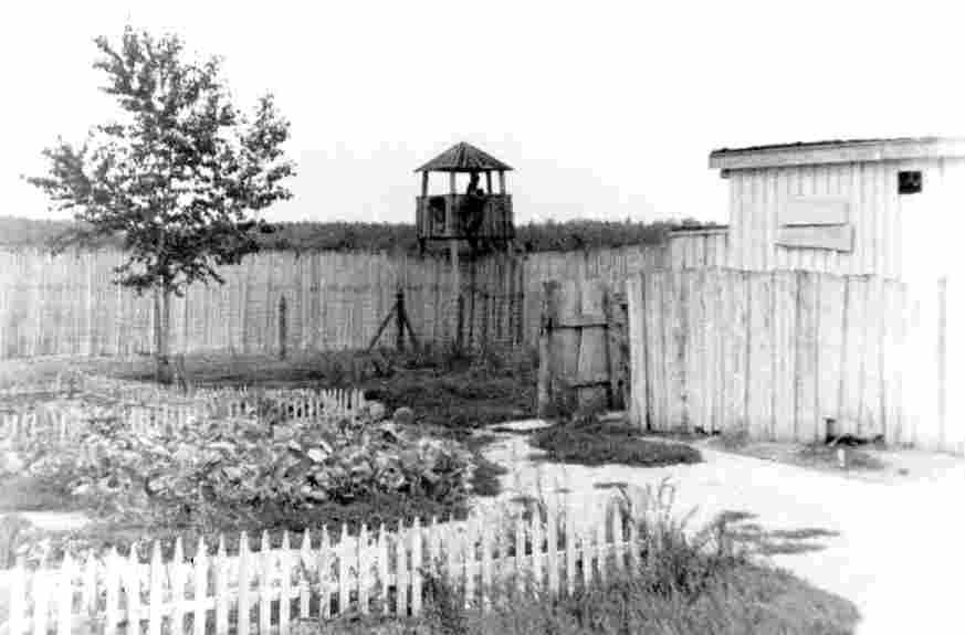 What is the purpose of the nazi concentration camp and stalin's siberian camp?