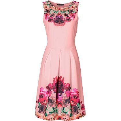 Kleid mit Blumenprint - Hübsches Kleid mit Blumenprint in rosa von bonprix. Schicke High Heels runden die romantisch-feminine Optik von diesem Kleid perfekt ab. - ab 29,99€