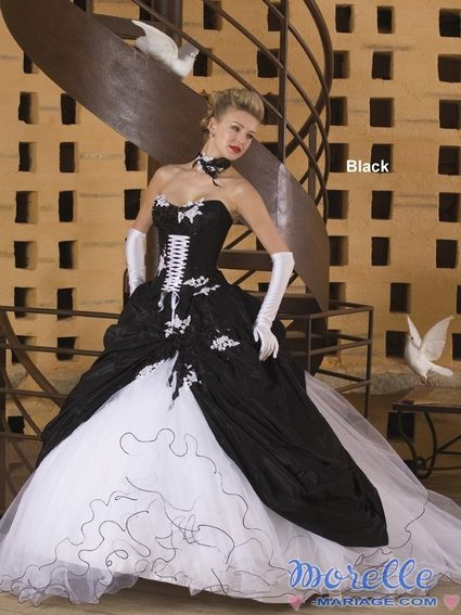Robe de mariee originale noir et blanc