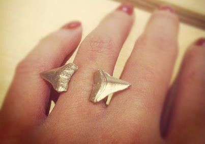 Jex Double Incisor Shark tooth ring - Victoire Boutique
