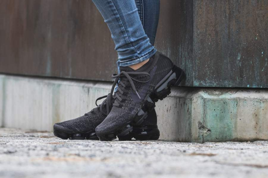 huge selection of 66f87 4f5b5 NIKE W AIR VAPORMAX FLYKNIT |