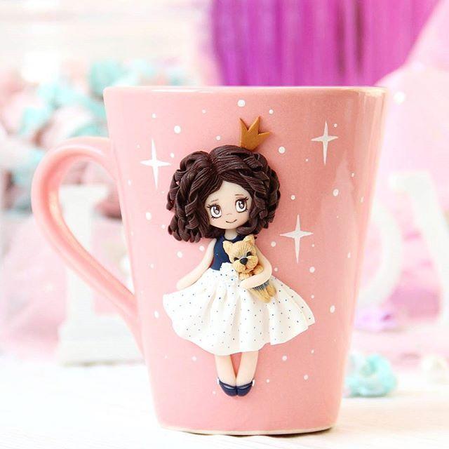 Маленькая принцесса с любимым песиком желает вам хорошего ...
