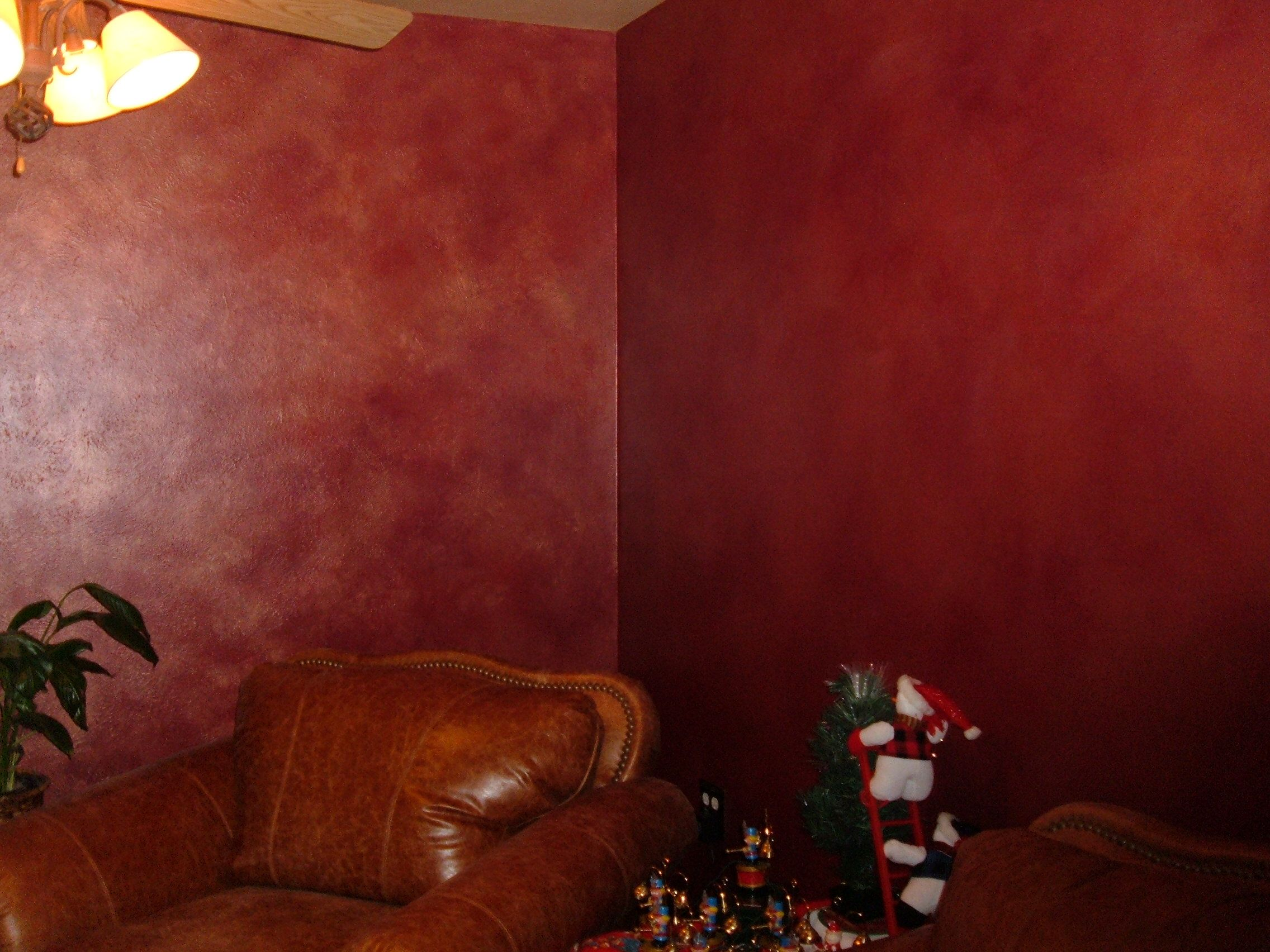 faux finish gold red walls | Decorative Trompe l'oeil Medallion