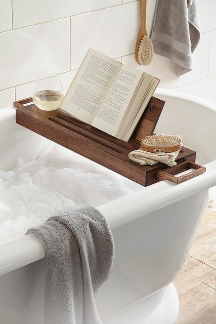 How To Make Your Own Bathtub Tray With Images Tub Tray Bath