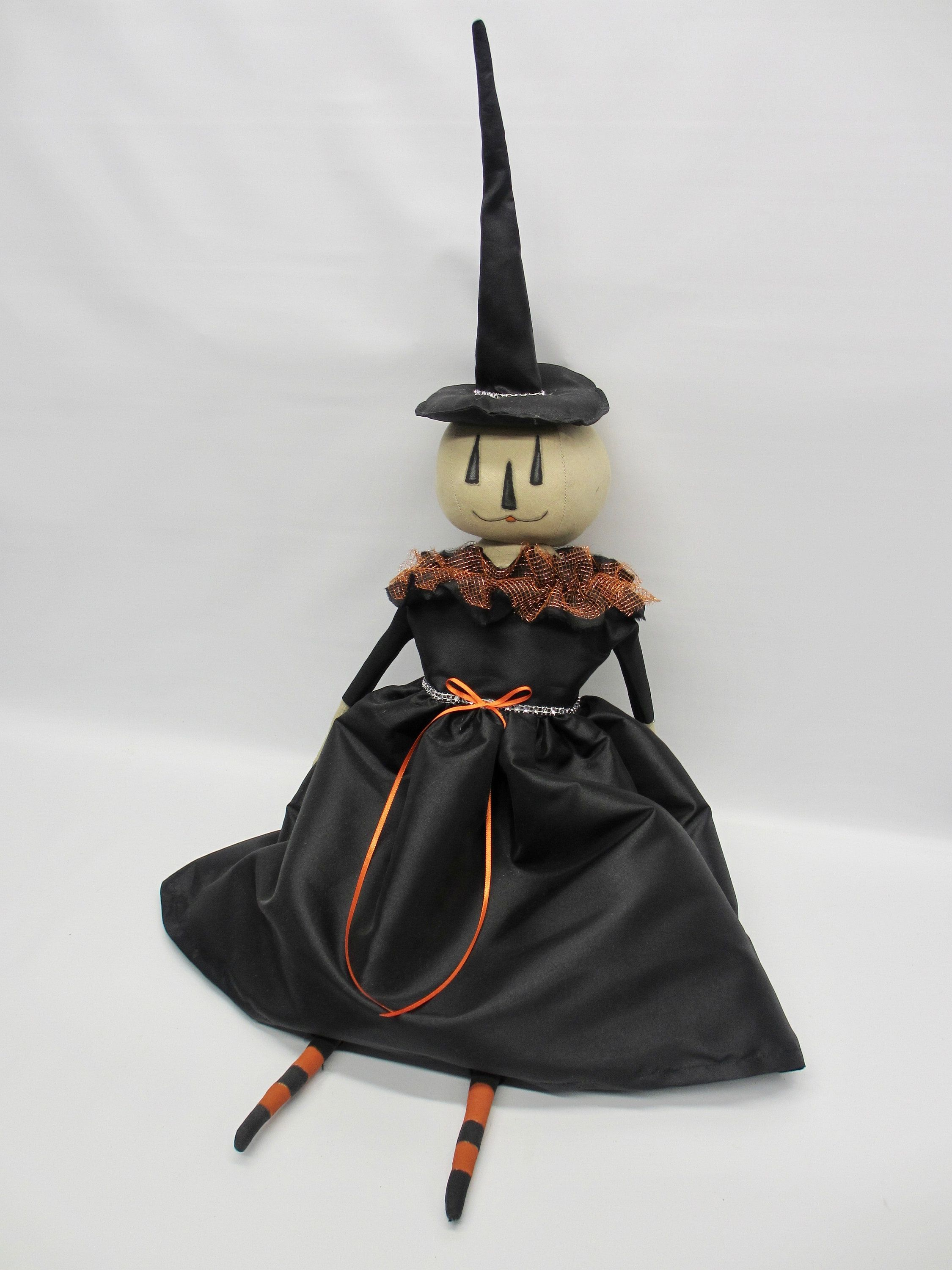 Halloween Witch Doll | Halloween home decor | Gothic decoration | Elegant Halloween decoration | Indoor decoration | Witch Art Doll | Rustic #eleganthalloweendecor