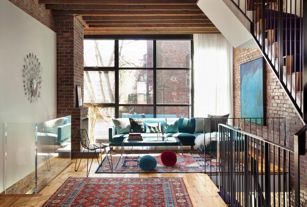 L'agrandissement maison donne la possibilité d'aménager plusieurs salons dans cette jolie demeure familiale