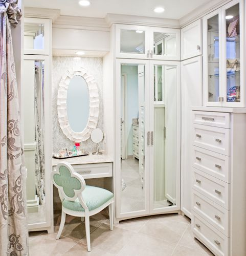 Teenage Daughter's Bathroom.