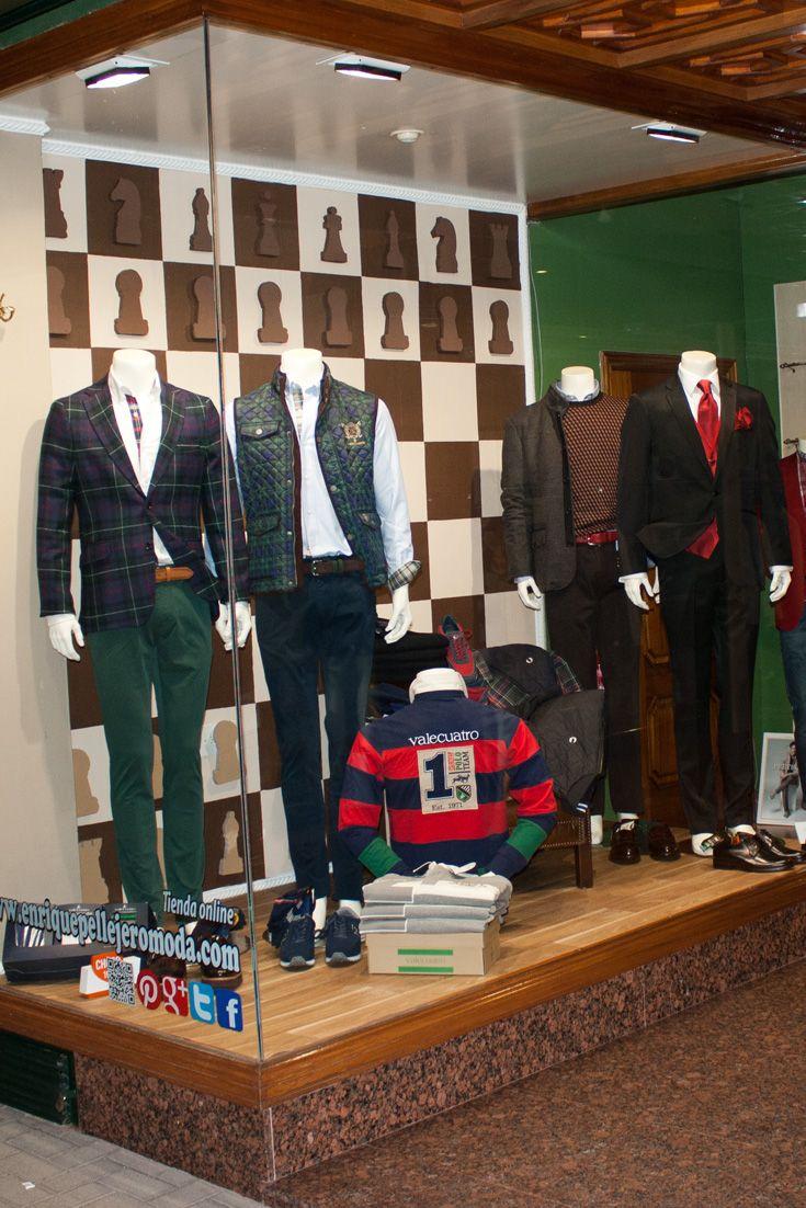 2f3df719fad Nuevo escaparate de otoño de nuestra tienda de ropa donde puedes comprar  marcas como  Pertegaz