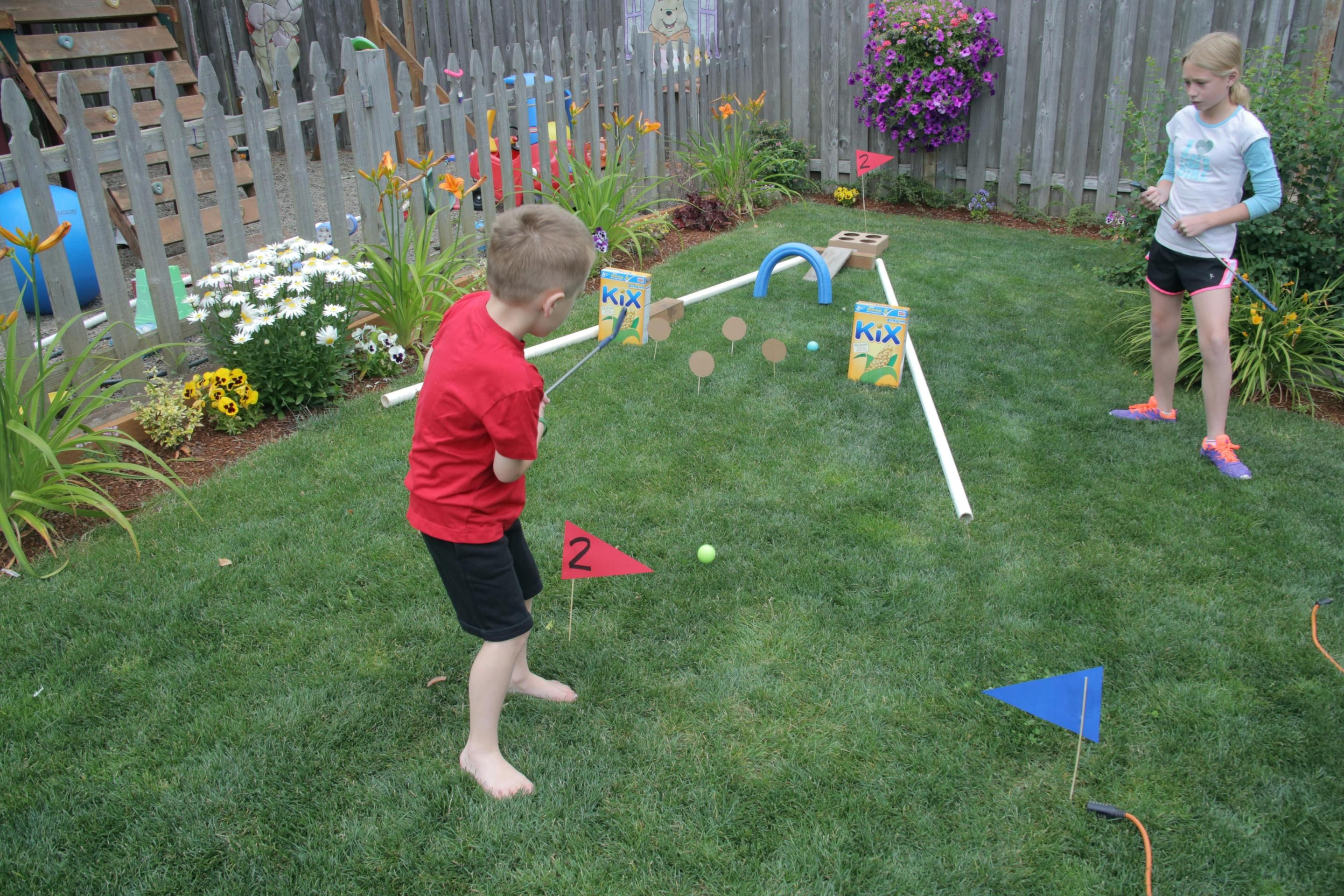 diy mini golf course minis pinterest putt putt and outdoor fun