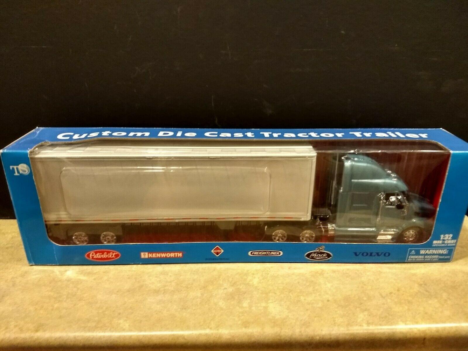 Kenworth Freightliner New Ray Die Cast Scale 1 32 New In Unopened Box Freightliner Freightliner Classic Diecast