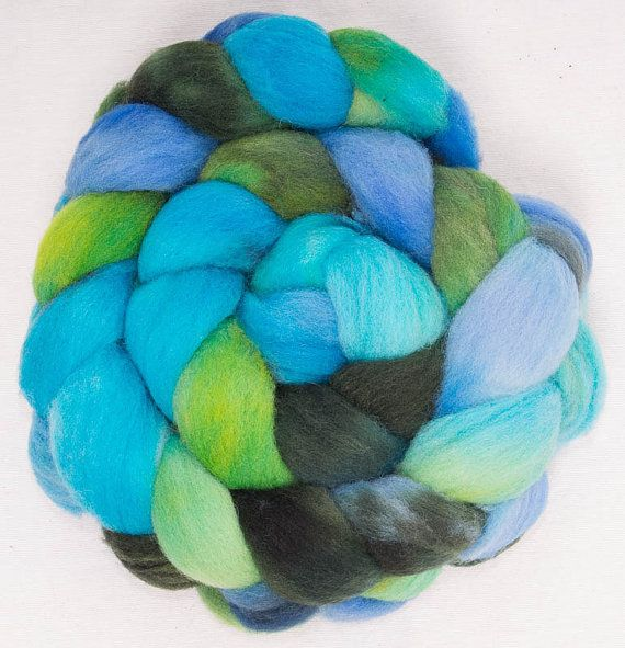 Hand Dyed Wool Roving Top - 100g Blue Southdown