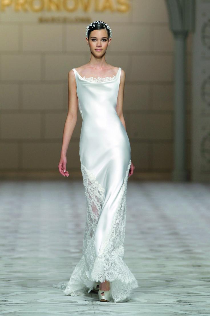 Pronovias Spring 2015 Bridal | Pinterest | Novios, Boda y Ropa