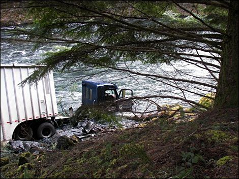 Semi-truck loses control and crashes into the North Umpqua