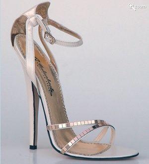 Pretty Sexy heels!!!
