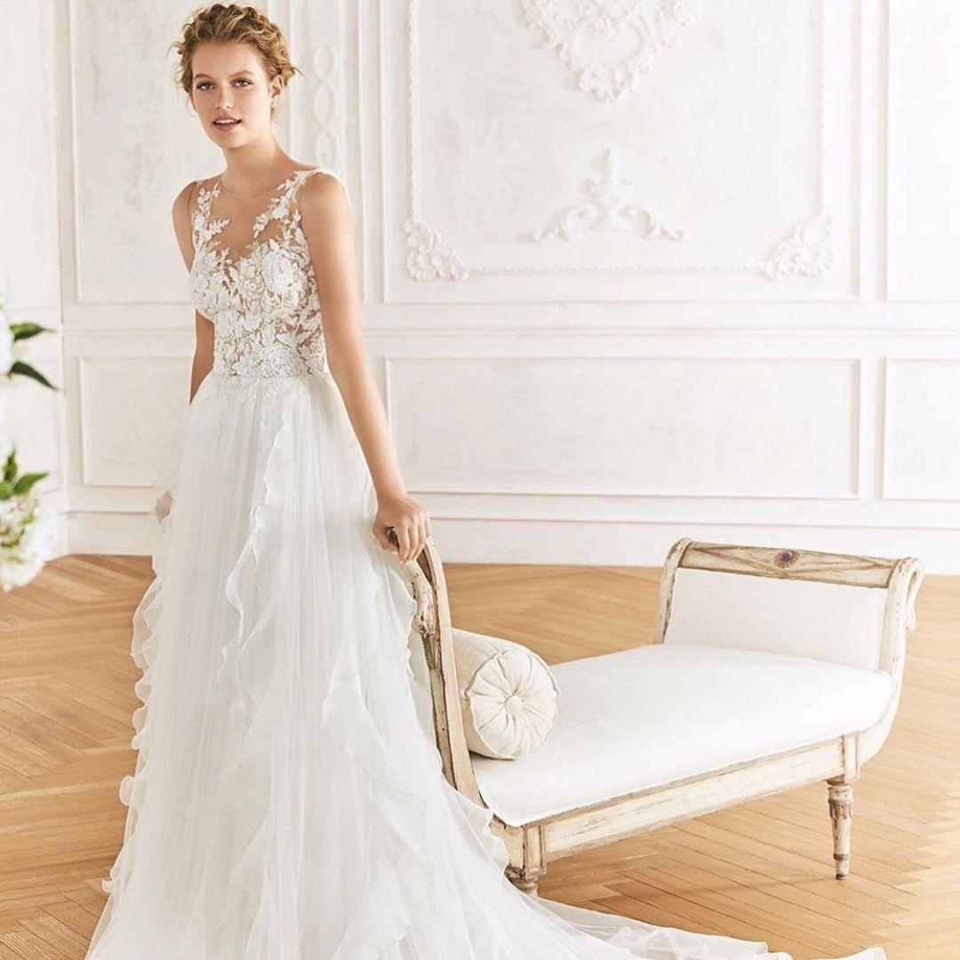 Liebe Braut, hier kommt dein Kleid .... 🥰wir haben soooo ...