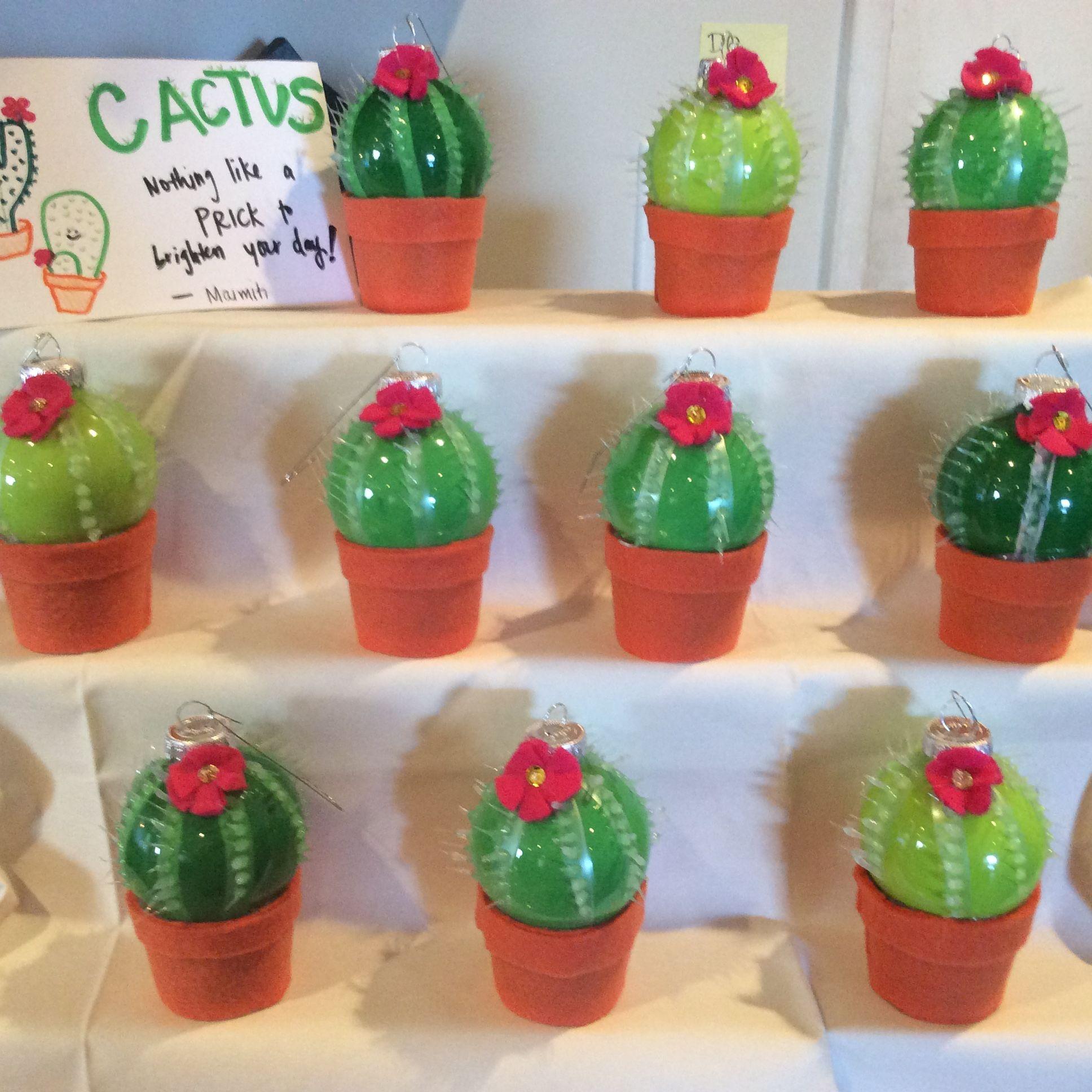 Nice christmas ornaments - Nice Display Of Cactus Ornaments