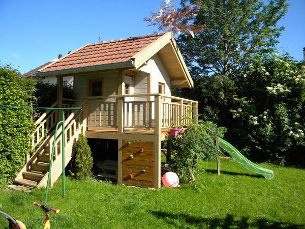 Aménager son jardin : installer un escalier droit en kit ...