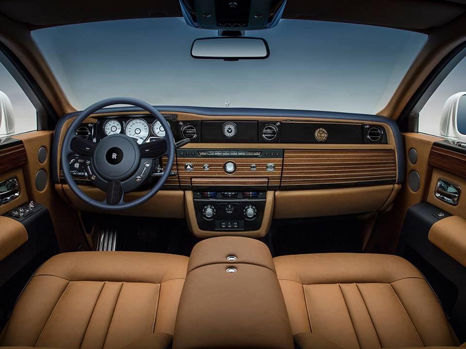 Картинки по запросу Rolls Royce Phantom Interior 2017