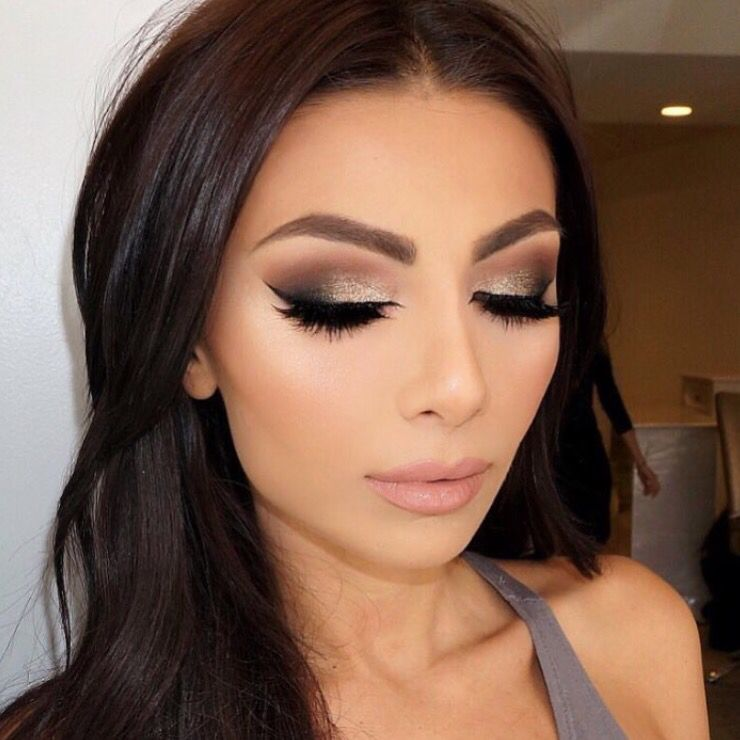 Warm smokey eye makeup look