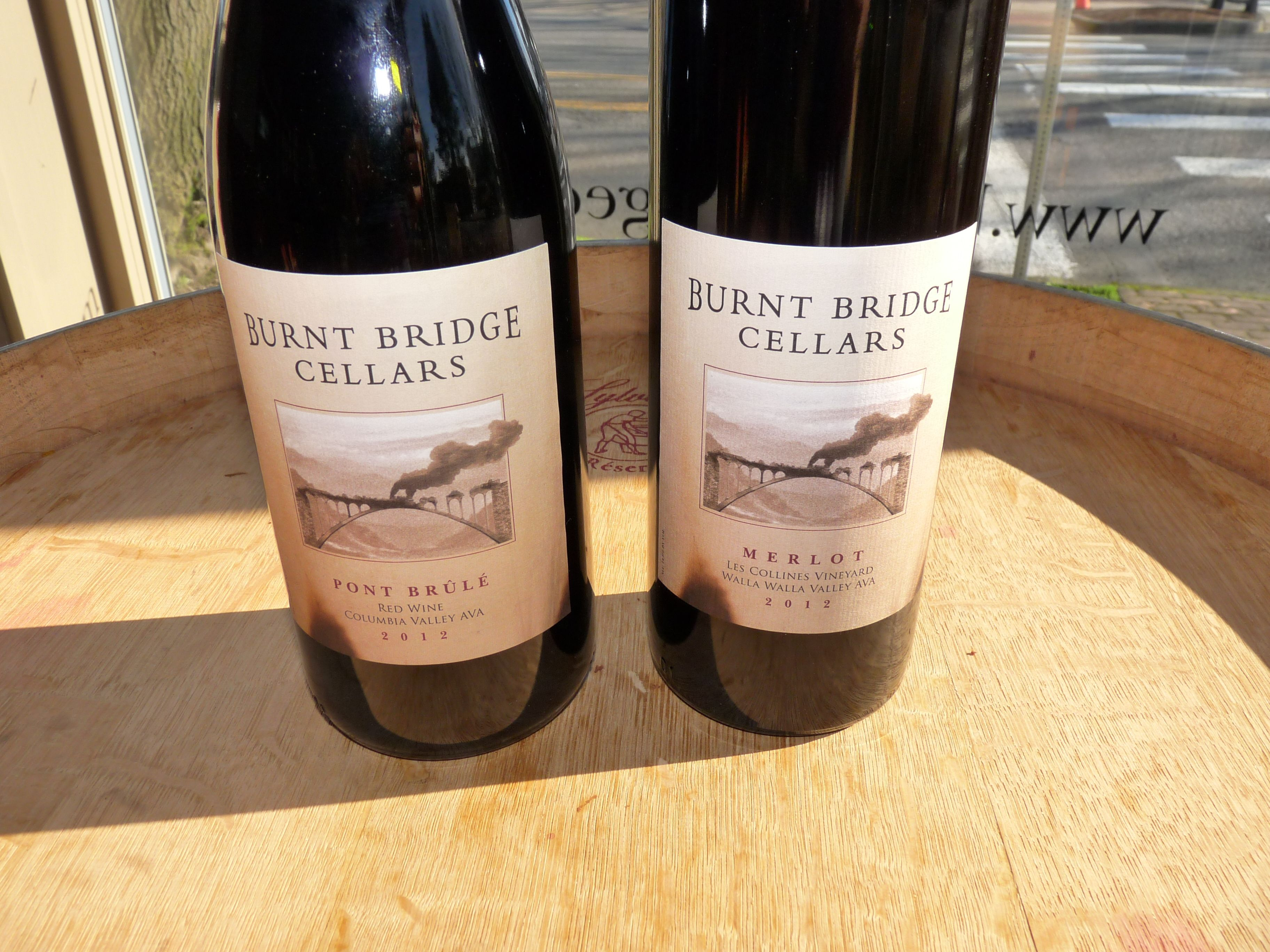 Enjoy award-winning wines at Vancouver's only urban winery-Burnt Bridge Cellars-all weekend long. Viki Eierdam #WAwine #Wine #Travel