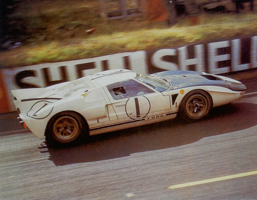 1965 Ford Gt40 Mkii Ford Gt Ford Racing Ford Gt40