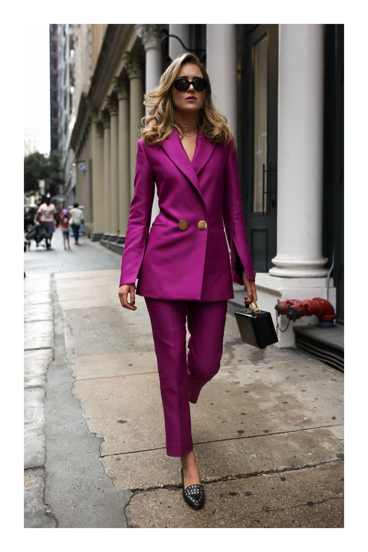 12 Secretos Para Que Tu Ropa Siempre Luzca Como Nueva Tizkka Trajes De Chaqueta Mujer Trajes De Pantalón Para Mujer Trajes Elegantes