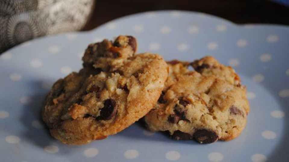 Junk in Da Trunk Cookies - RachaelRay.com