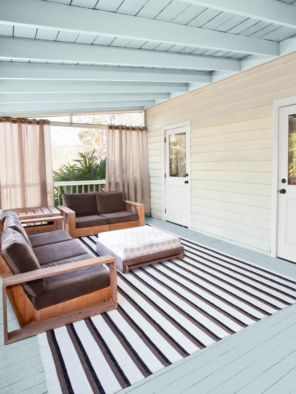 Step-by-Step Porch Makeover | HGTV