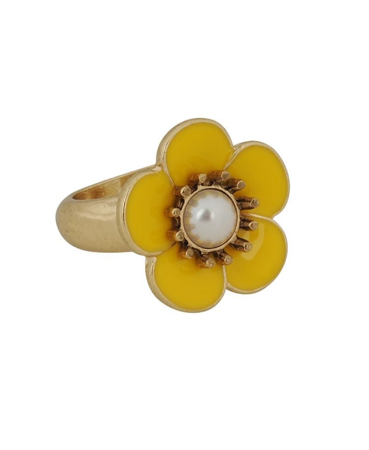 Pearlescent flower ring