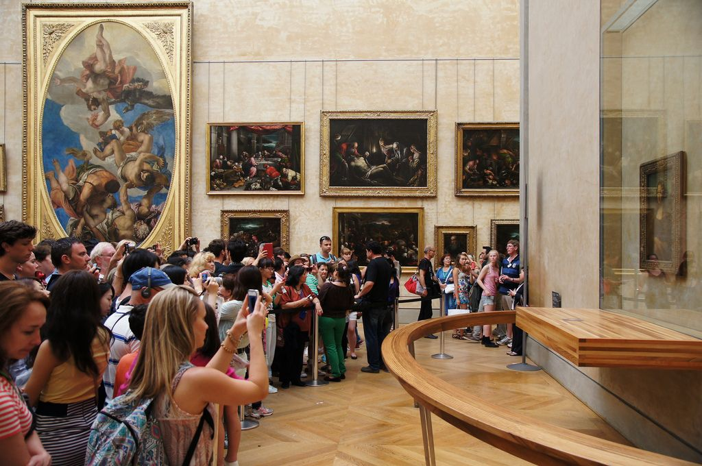 картинка хочется в лувре известна мексиканская кесадилья