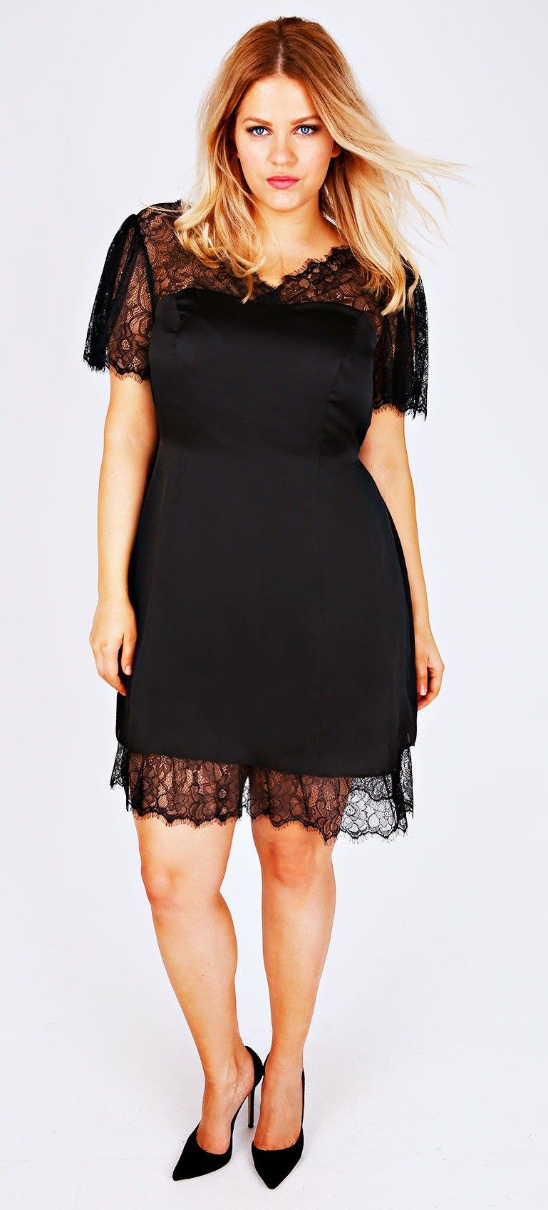 18 Plus Size Black Dresses With Sleeves Alexa Webb Plus Size Black Dresses Plus Size Wedding Guest Dresses Plus Size Dresses [ 1698 x 769 Pixel ]