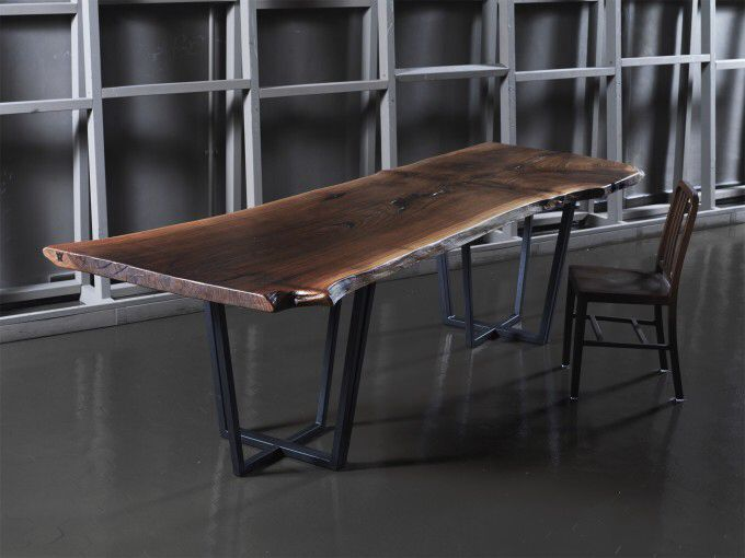 Tavolo Tronco ~ Tavolo industriale creato con longherine in ferro grezzo ripiano