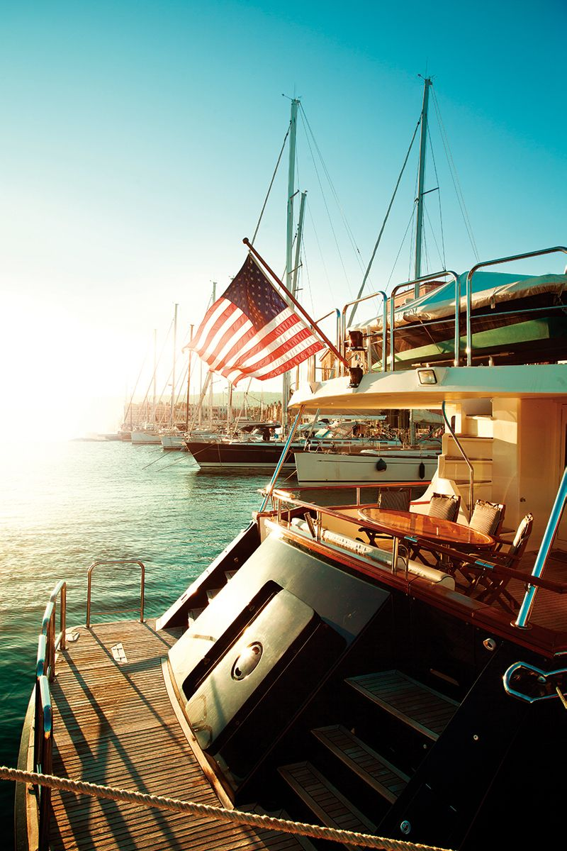 Pin By Fort Lauderdale Magazine On Yacht Life Big Yachts Yacht Life Boat Lift