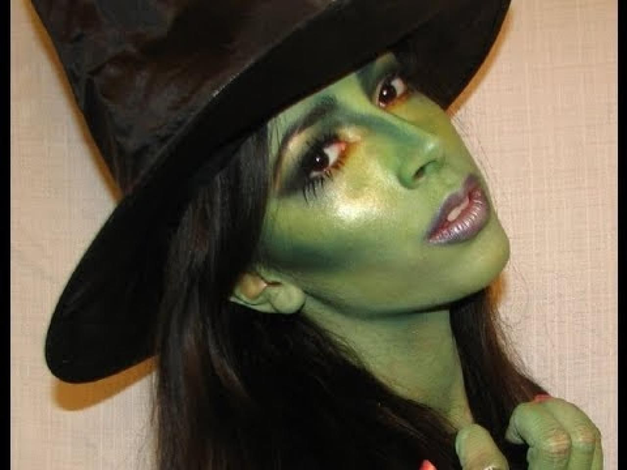 warlock face paint | Products USed: Rubies White and Green Face ...