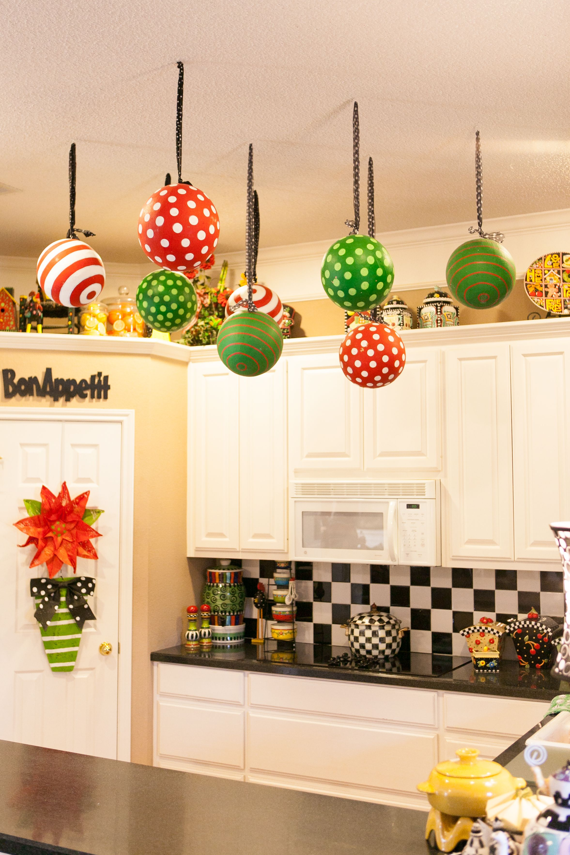 Fun Christmas Decorations for the Kitchen | Christmas Ornaments Hung ...