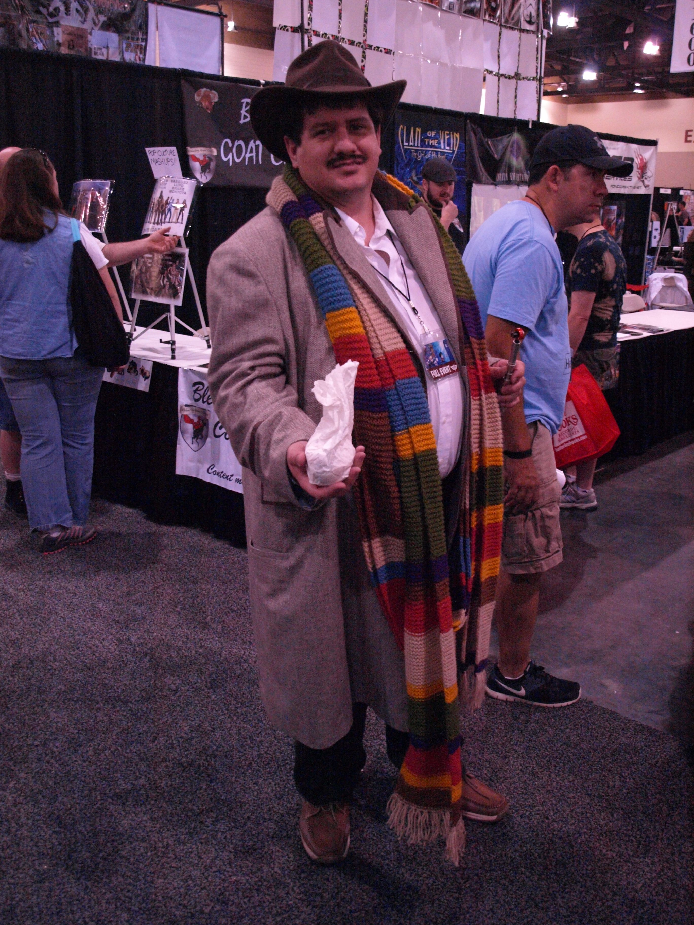 The 4th Doctor (and his jelly babies)... Phoenix Comicon 2013