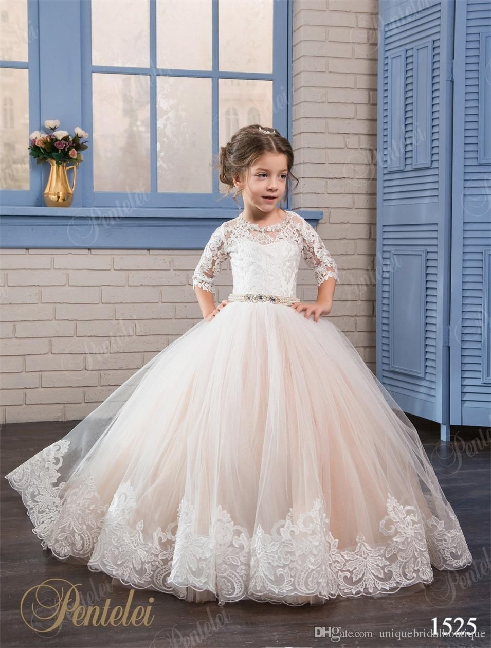 Cheap flower girls dresses 2017 pentelei with 34 long sleeves and cheap flower girls dresses 2017 pentelei with 34 long sleeves and lace up back appliques tulle ballgown little girls gowns for party prom butterfly flower izmirmasajfo Images