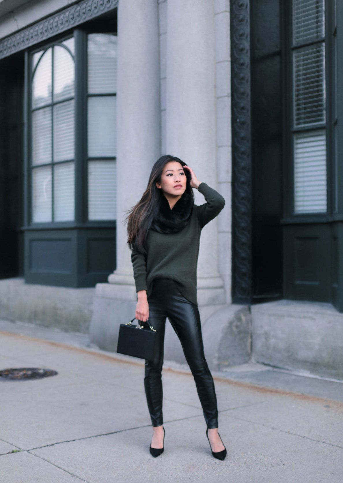 ceab9aa9f75d07 how to style faux leather leggings pants Leather Leggings Casual