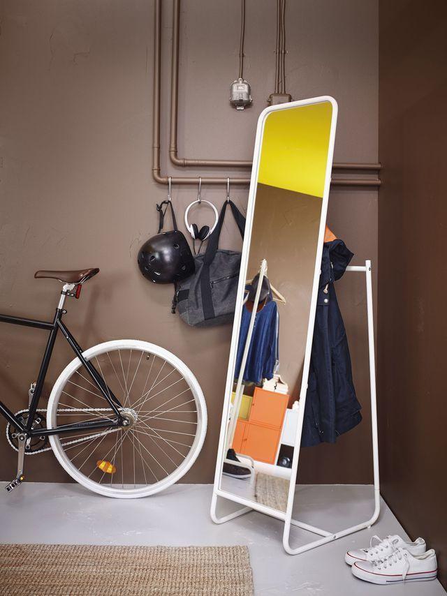 Gain de place  des meubles et accessoires déco pour optimiser l\u0027entrée - deco entree de maison