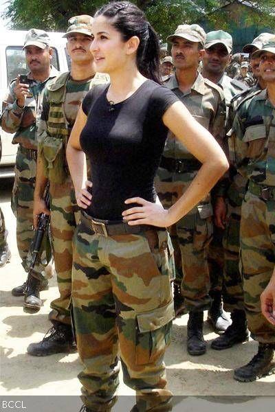 Katrina Kaif-Katrina Kaif's Portfolio Pics- The Times of India Photogallery  | Katrina kaif photo, Katrina kaif images, Katrina kaif