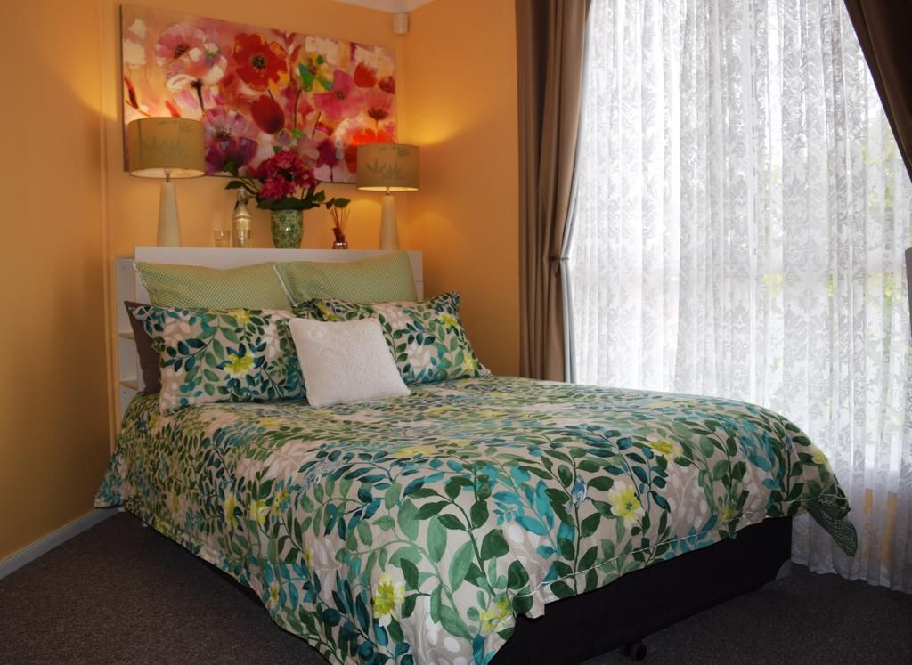 Booking.com: Cutmore Cottages - Bagala Bungalow , Blacktown, Australia  - 47 Guest reviews . Book your hotel now!