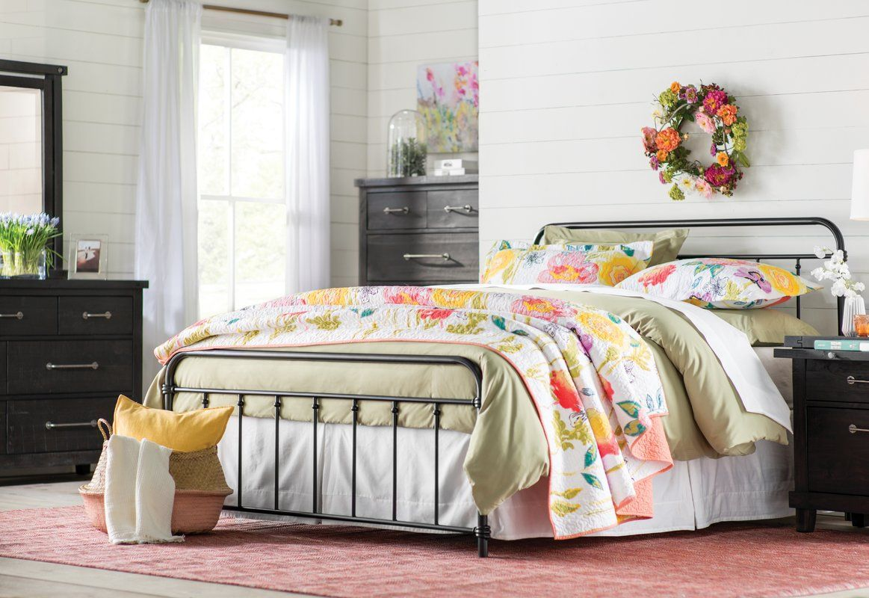 Matheney Platform Bed Traditional bedroom design