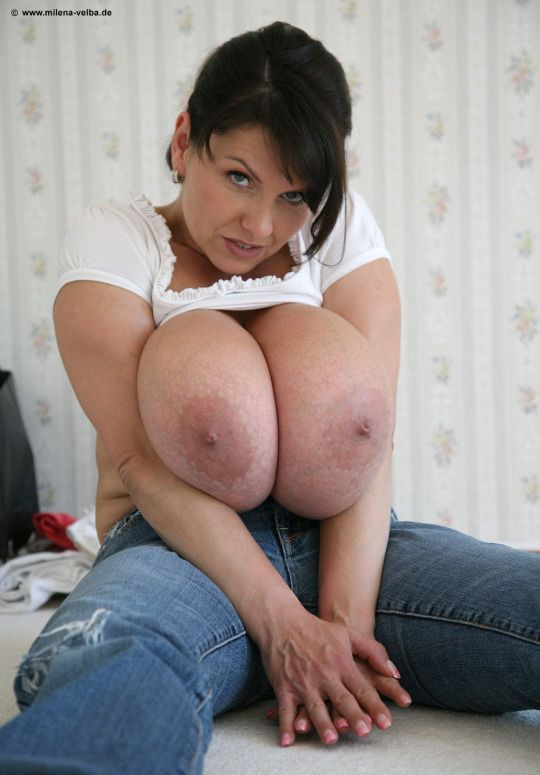 Sexy Mommy Boobs 88